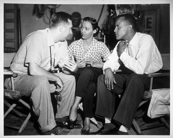 Dorothy Dandridge behind the scenes with Harry Belafonte - BRIGHT ROAD