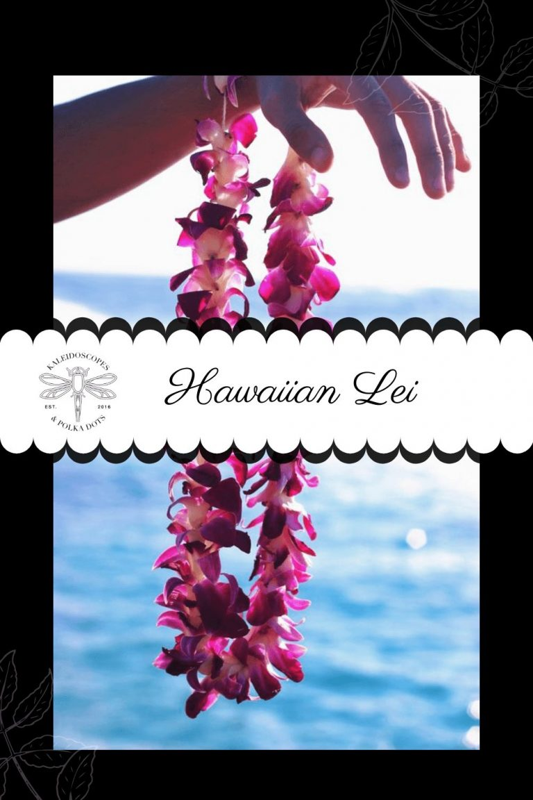 The term lei means flower garland and is often given in Hawaii as a welcoming gesture. #lei #hawaiiantradition #hawaiianlei #flowergarland #flowers