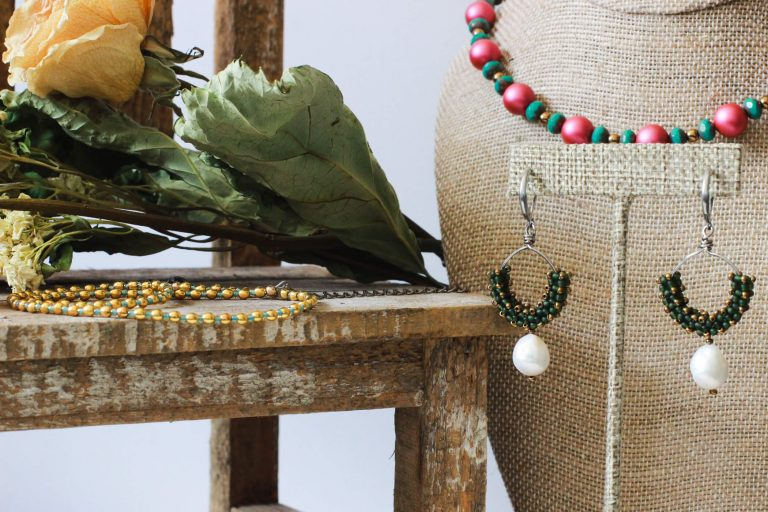 Mexican Beaded Necklace & Green Beaded Earrings - Mexican Style Jewelry Collection by Kaleidoscopes And Polka Dots